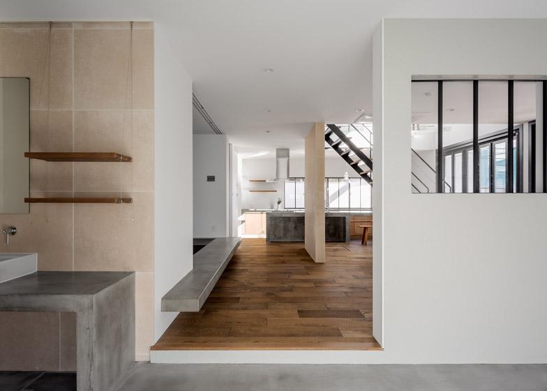 Circle-House-by-Kichi-Architectural-Design_dezeen_784_10