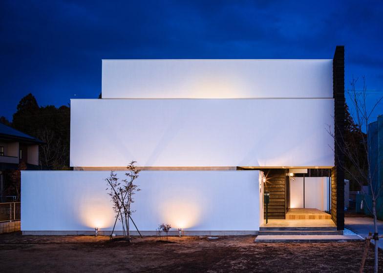 Circle-House-by-Kichi-Architectural-Design_dezeen_784_24