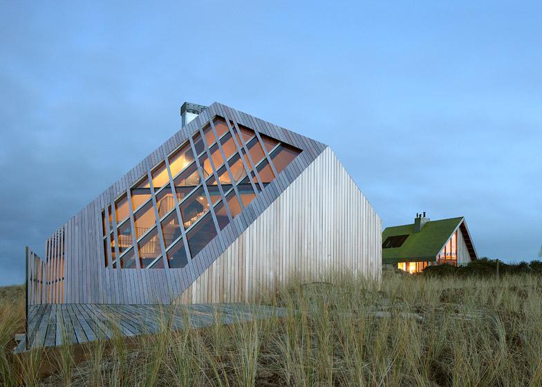 Dune-House-by-Marc-Koehler-Architects_dezeen_784_3
