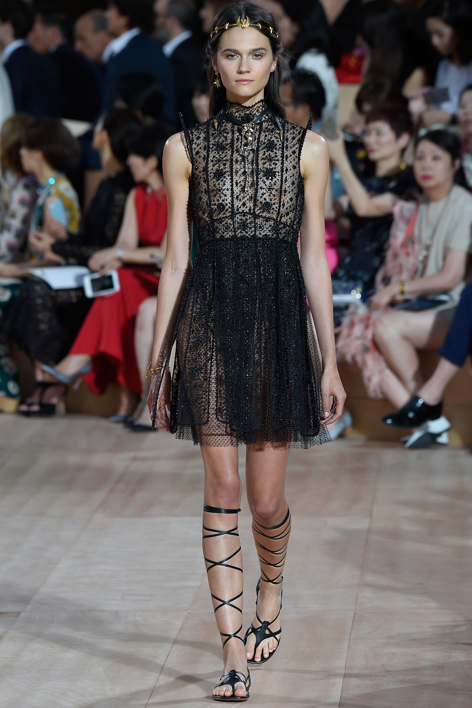 valentino-fall-2015-couture-22
