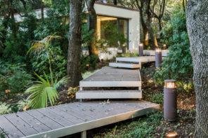 Dokonalý dom, ktorý je perfektne zasadený do prírody