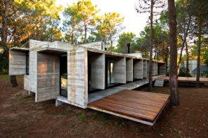 Ako na dokonalé bývanie v prírode? Inšpirovať môže tento dom